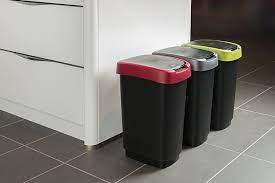 Insectes : l'importance d'une poubelle de cuisine